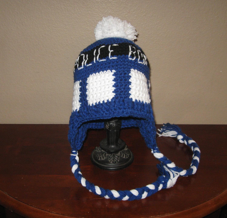 Free Crochet Pattern Tardis Hat : A Plethora of Whovian Knitwear ? www.ohmz.net